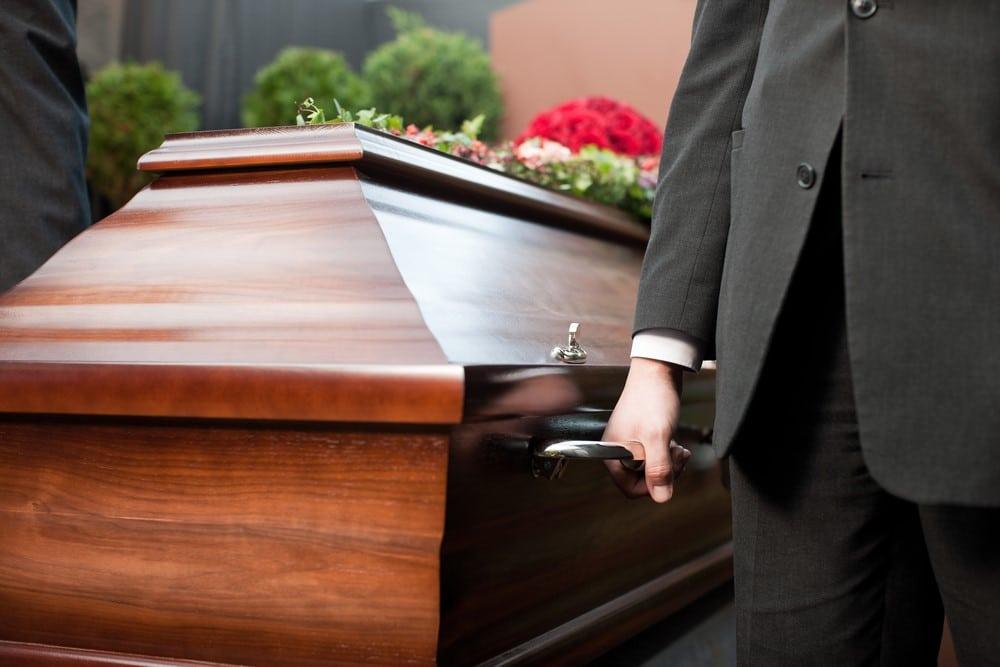 Consejos para gestionar los contratos del hogar tras una herencia